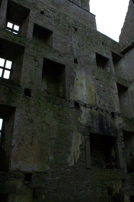 07-glinsk-castle-galway-ireland