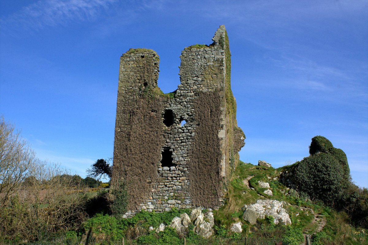 dunhill castle, waterford, ireland | visions of the past